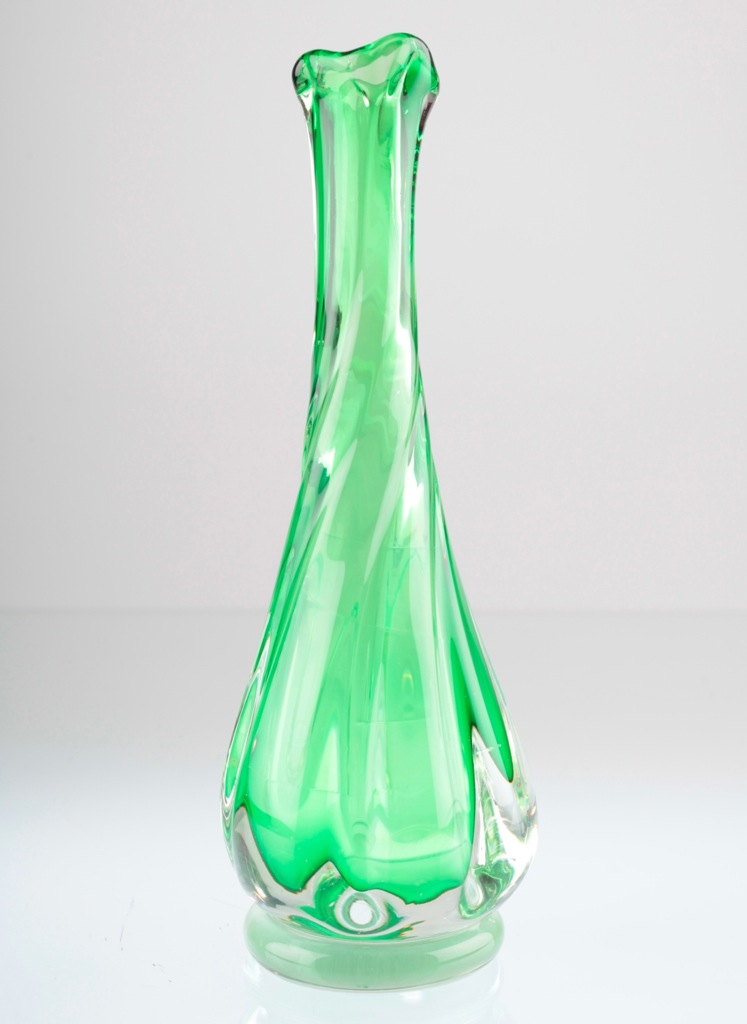 vintage glas vase glasvase gr n hellgr n 23 cm solifleur. Black Bedroom Furniture Sets. Home Design Ideas